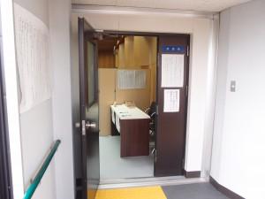 本会議傍聴席への行き方・階段を利用される場合7